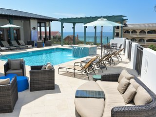 Gulf views from condo, rooftop pool, steps from beach - The Lookout at