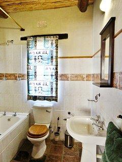 Steenbok Self Catering Cottage - Bathroom