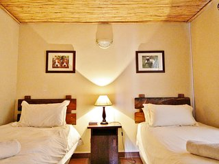 Springbok Self Catering Accommodation - Private Nature Reserve - Hot Tubs