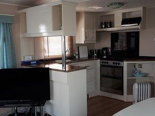 Haven Hopton Holiday Village Ref 80026 2 bed 6 berth cosy & homely caravan ., Hopton on Sea