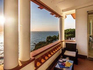 Villa Quartz with sea view
