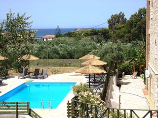 ALEGRIA VILLAS - IAKYNTHI (Duplex with Sh.S.POOL BY THE SEA & Sea View)