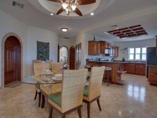 Great room concept with dining room accommodations for 6