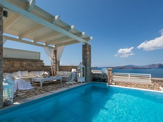 Villa Crystal in Santorini