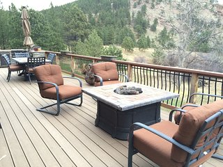 Private Setting with Valley Views **Minutes to town **Close in Mountain Home
