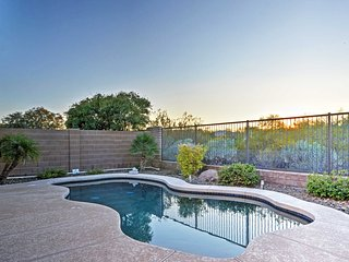 Peoria House w/ Private Pool near Lake Pleasant!