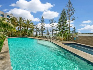 Gold Coast Apartment on the Broadwater, Biggera Waters