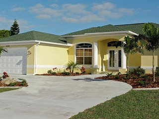 PORT CHARLOTTE FLORIDA-Rate has just been reduced for Feb.25-Mar.11, 2017!