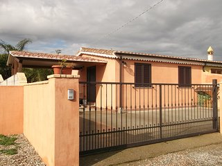 Detached house 2km from the beaches