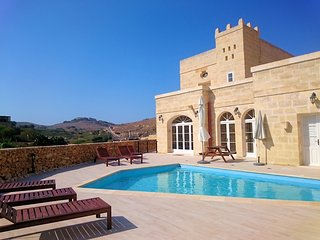 Citadel View Farmhouse- Victoria Gozo