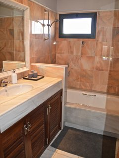 Marble bathroom suites