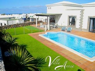 Villa Aroca, a LUXURY 2 bedroom Villa in Los Alisios, Playa Blanca