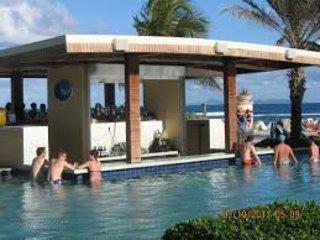 Dawn Beach Club Condos após o furacão Irma. Estamos de volta, mais forte e melhor