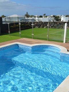 pool has shallow end perfect for children and less confident swimmers.