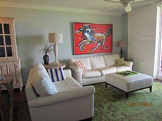Absolutely Stunning Beach Front Remodeled 2 Bedroom 2 Bath Condo, Fort Morgan