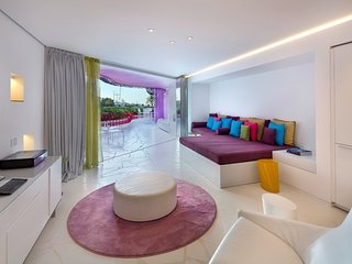 Luxury apartment in a modern residence, Ibiza Town