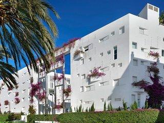 Unique apartment in fashionable complex - Ibiza