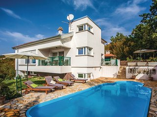 Attractive holiday home in Dalmatia
