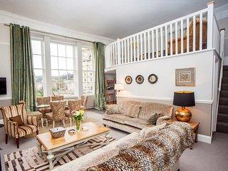 Argyle Riverview Apartment, Bath