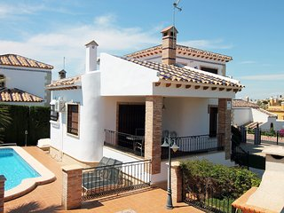 LF139 3 Bed Detached Villa with Private Pool, Algorfa