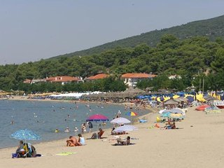 appartments psakoudia Chalkidiki 5km to village 900m to the beach only with car