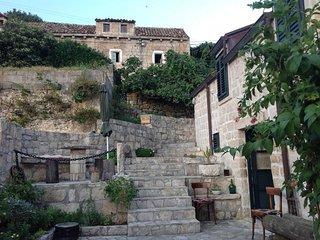 Farm Stay Katarina Bakicevo - Two Bedroom Apartment with Terrace