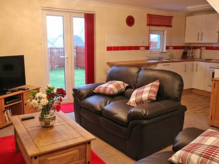 MacKinnon's Retreat, a cosy cottage within 5 mins walk of town centre.
