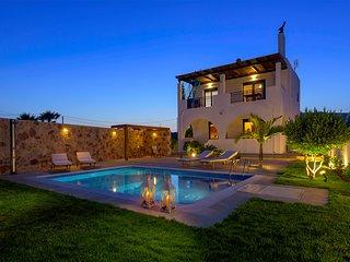 Villa Deep Blue, Lachania