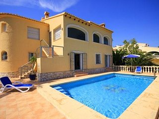 Spacious villa in Xàbia with Internet, Washing machine, Pool