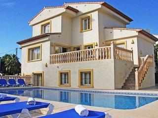 Villa in Calp with Internet, Washing machine (25693)