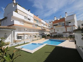 Spacious apartment a short walk away (233 m) from the 'Playa La Grava' in Xabia