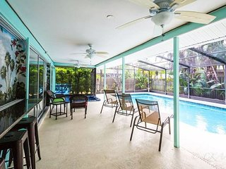Floritas Key is an encaptivating 3 BR + 2 BA Private Home, Heated Pool w/Spa