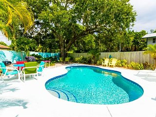 Honey Mango Cabana – 2/1, Shared Heated Pool, Near Beach Access
