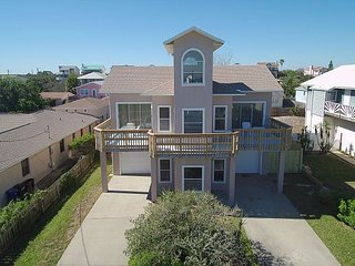 Ocean Lighthouse, 4 Bedrooms, 3 Baths, Pet Friendly, Ocean View, Crescent Beach