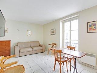 Comfortable studio Paris 7th Eiffel Tower P0773