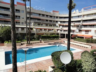 Spacious 3 Bedroom 2nd Line Beach Apartment in Marbella Centre