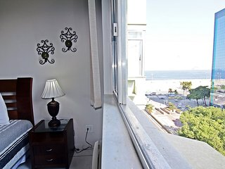 Comfortable two-bedroom apartment with sea view in Copacabana - Rio de Janeiro D