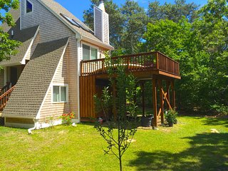 Edgartown - Clean, quiet, and comfortable home close to bike trail