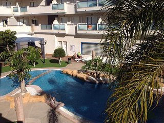 Pool & sea view 2 bed Apart,with large sun terrace, Cabo Roig