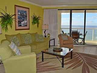NEW to RENTAL! Huge Gulf front views at an affordable price in secure resort!, Miramar Beach