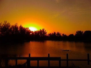 Lakefront Home, Beautiful View & Stunning Sunsets!!!, Cape Coral