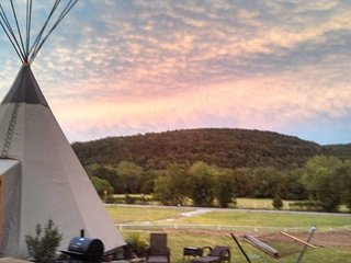 Amazing Tipis! #8 Reservation On The Guadalupe, Heated/AC, Insulated Tipis!