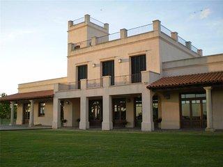 Villa Maria - 5 Bathrooms + 5 Bathrooms - Polo Ranch, Lobos