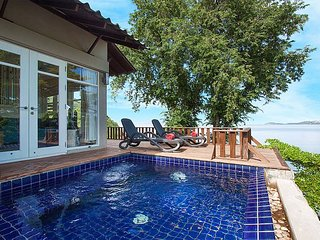 Villa Hutton 301 | Beachfront 3 Bed Pool Villa in Samui