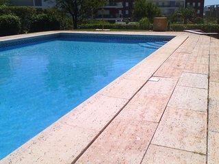 Espaçoso e moderno apartamento T2 Praia da Rocha