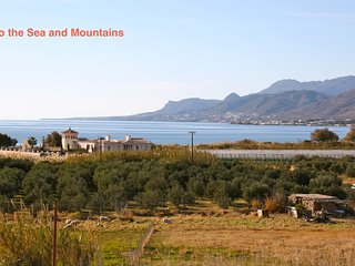 Bayview Crete Townhouse 300 meters from the beach, Makry-Gialos