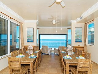 Oceanfront w/ 8br/7.5ba, rooftop, spa, A/C Equipped