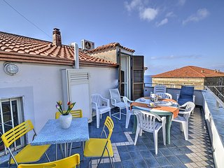 San Marco Apartment Sleeps 5 with Air Con - 5228300