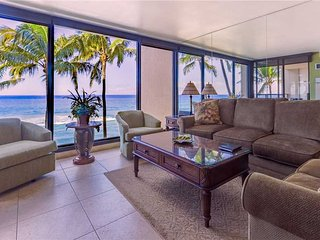 A true gem of the Westside with Amazing Ocean Views  Mahana Resort #405