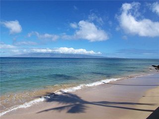 Come and enjoy Maui with Ocean front views   Makani Sands #102